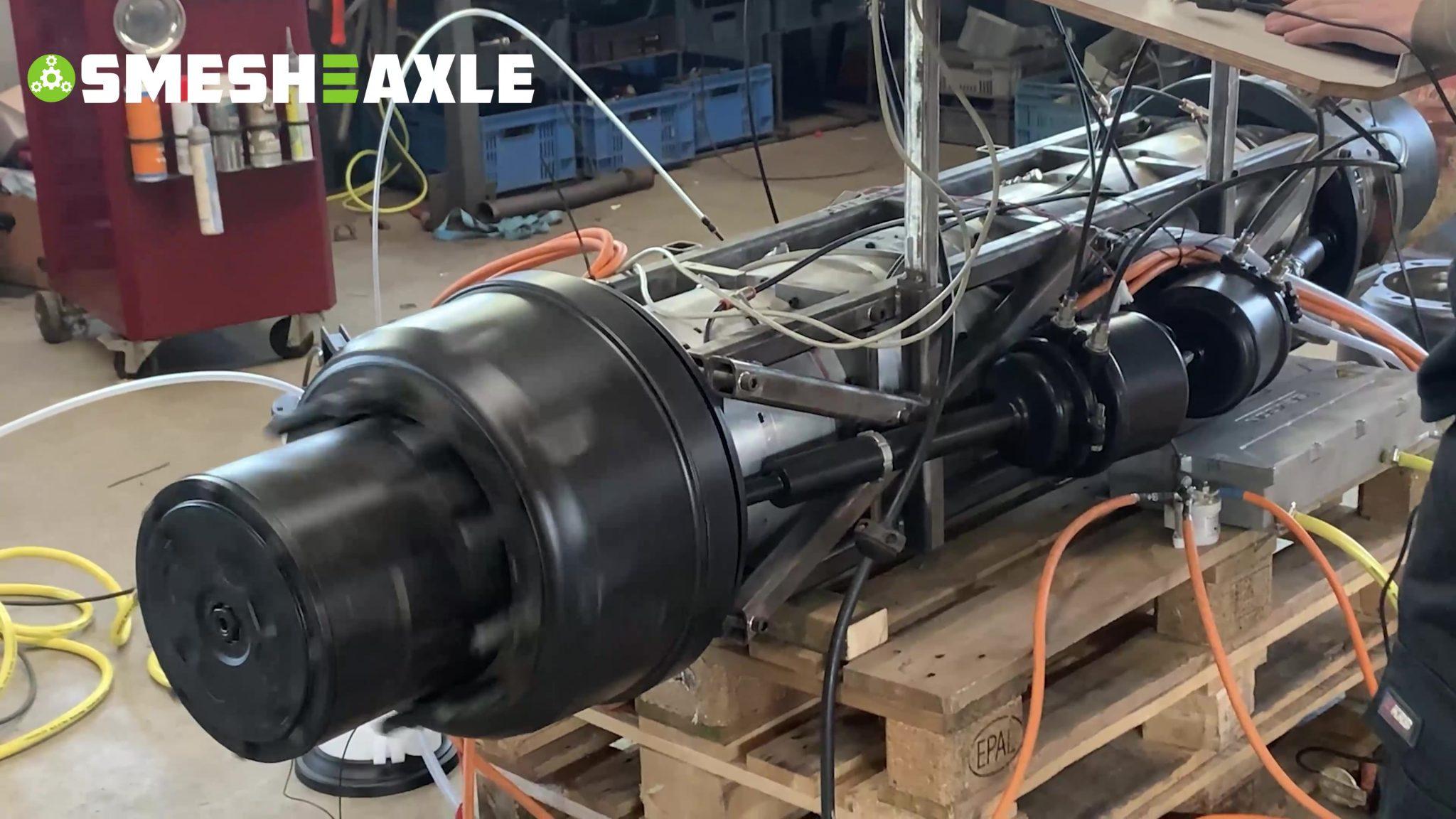 The sound of Smesh-E-Axle